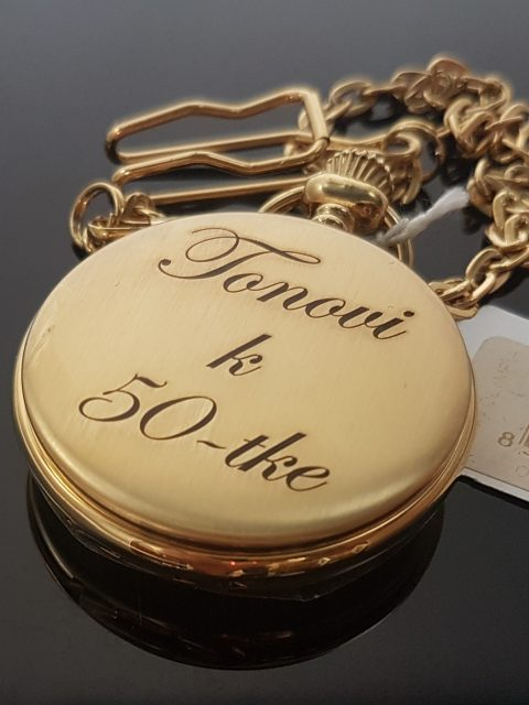 Gravírované vreckové hodinky s venovaním