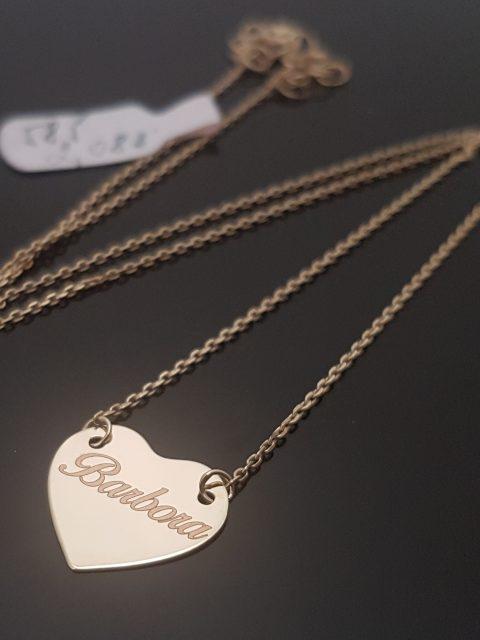 Gravírovanie mena na zlatý náhrdelník